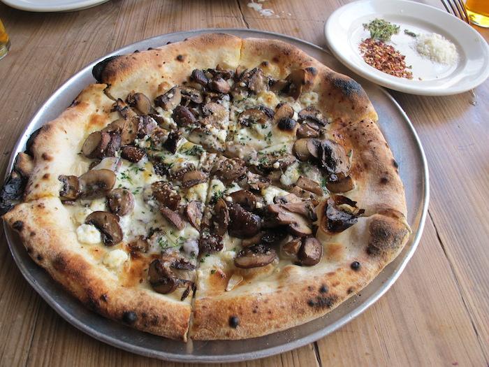 Pizza at Gjelina