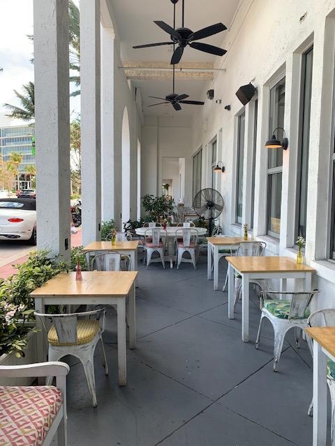 Lilikoi Organic cafe
