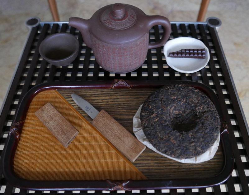 Pu-er tea cake