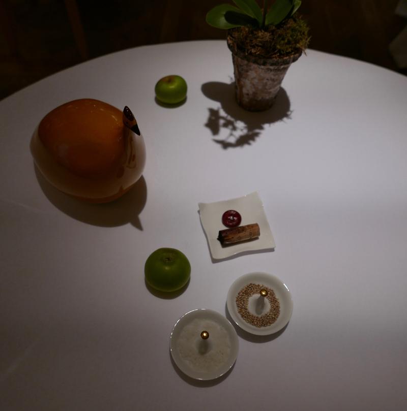 table at Les Prés d'Eugénie