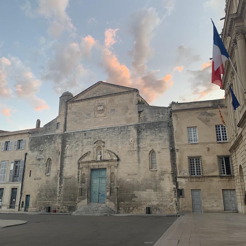 Arles square