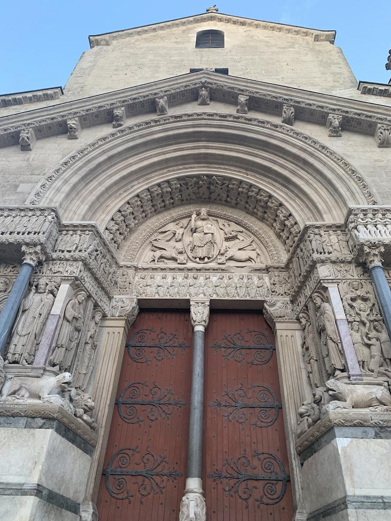 architecture Arles
